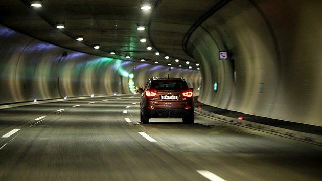 Tunel na S10 přes noc zavřou.