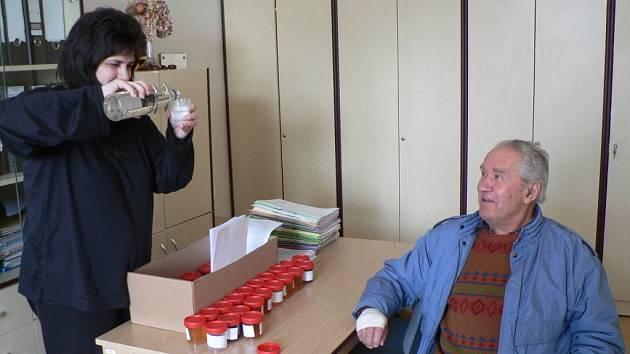 Testování alkoholu v KHS České Budějovice.