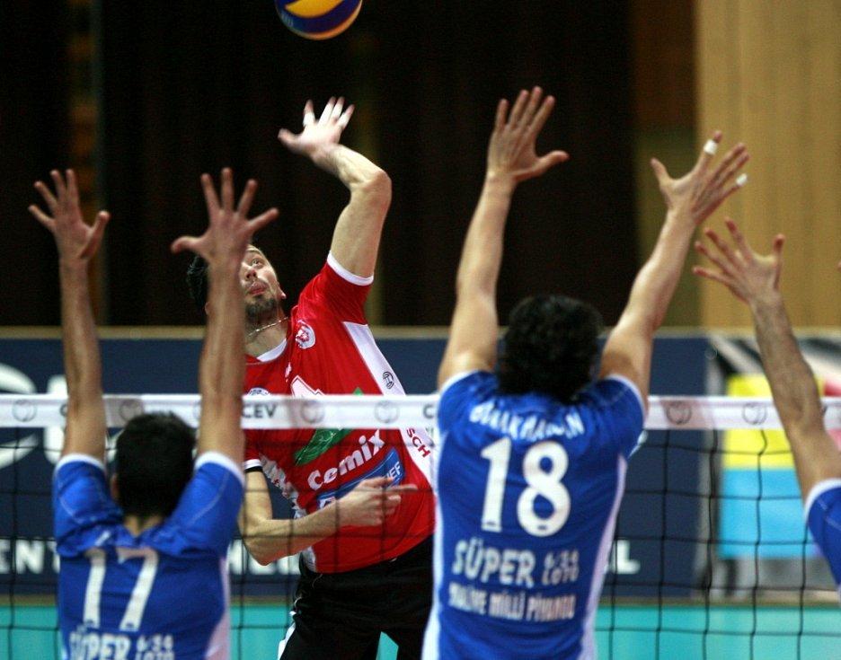 Hráčí VK Jihostroj České Budějovice se utkali 17. ledna volejbalovém CEV evropském poháru na domácí palubovce s tureckým týmem Maliye Milli Piyango Ankara.
