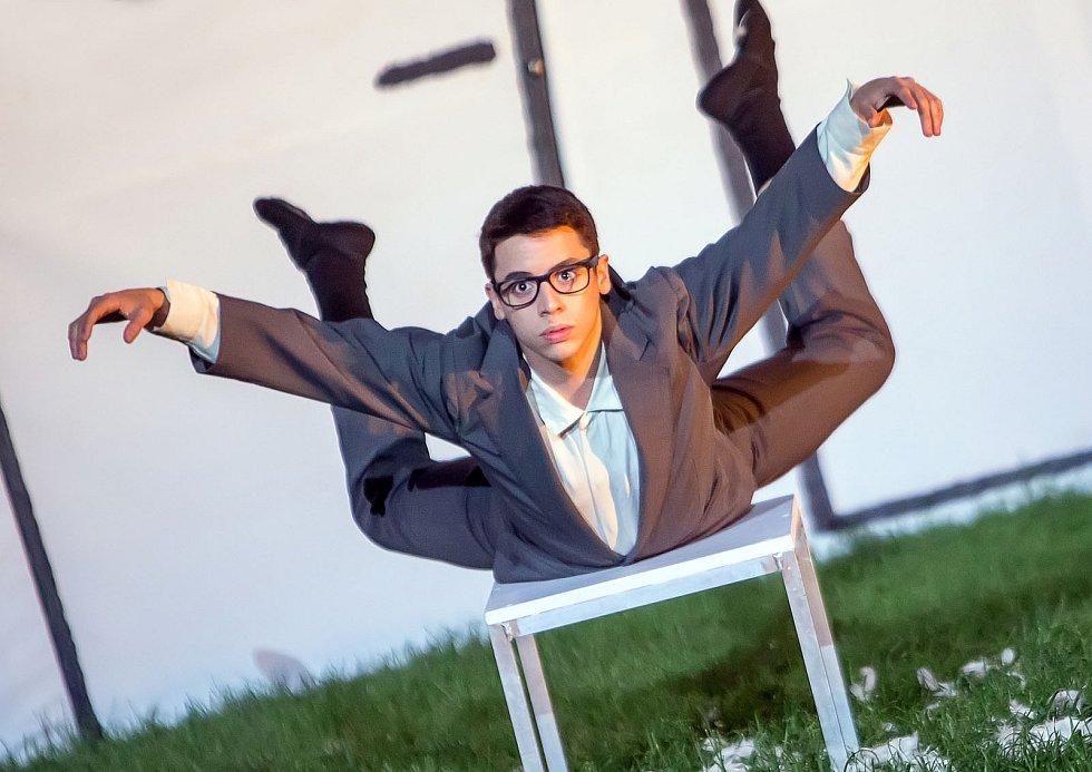 Moderní tanec je více o emocích, myslí si István Varga (na snímku).