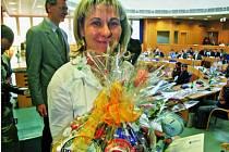 Podle výsledků to vypadá, že Šárka Grabmülerová snad ani nestárne! Po dvaceti letech u triatlonu sbírá vavříny na mistrovství republiky i ve Světovém poháru, objíždí závody po celém světě a na sklonku roku se dočkala ocenění v anketách.