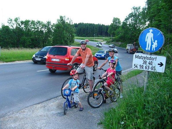 Sousedé chtějí cyklostezku.