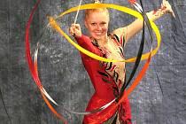 Ve slušivých červených barvách se v Praze skvělým výkonem prezentovala Petra Dupalová, vyhrála suverénně o dva body v náročné konkurenci, je velkou nadějí pro blížící se MČR.