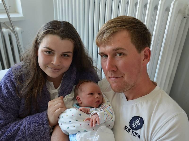 Šimon Jenší z Krče. Prvorozený syn Michaely Burešové a Lukáše Jenšího se narodil 7. 9. 2021 ve 14.52 hodin. Při narození vážil 3650 g.