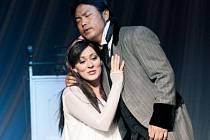 Jana Šrejma Kačírková a Kisun Kim v opeře Rigoletto.