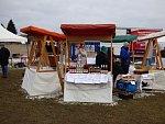 Na Farské louce v Rudolfově se v neděli konaly tradiční velikonoční trhy.