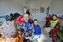 Do nové školky chodí od ledna děti v Hůrách.