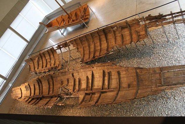 2000 let staré lodi byly vzorem.