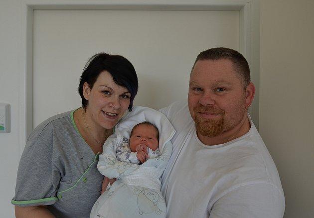 Michal Kubeš z Bečic. Prvorozený syn Šárky Novákové a Michala Kubeše se narodil 1. 4. 2018 v 16.43 hodin, vážil 3,95 kg a měřil 50 cm.