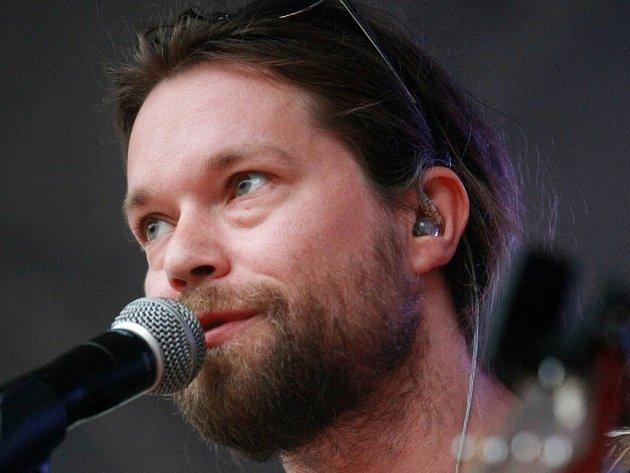 Vstupenky na jihočeské koncerty skupiny Kryštof mizí rekordním tempem. Na snímku zpěvák skupiny Richard Krajčo.