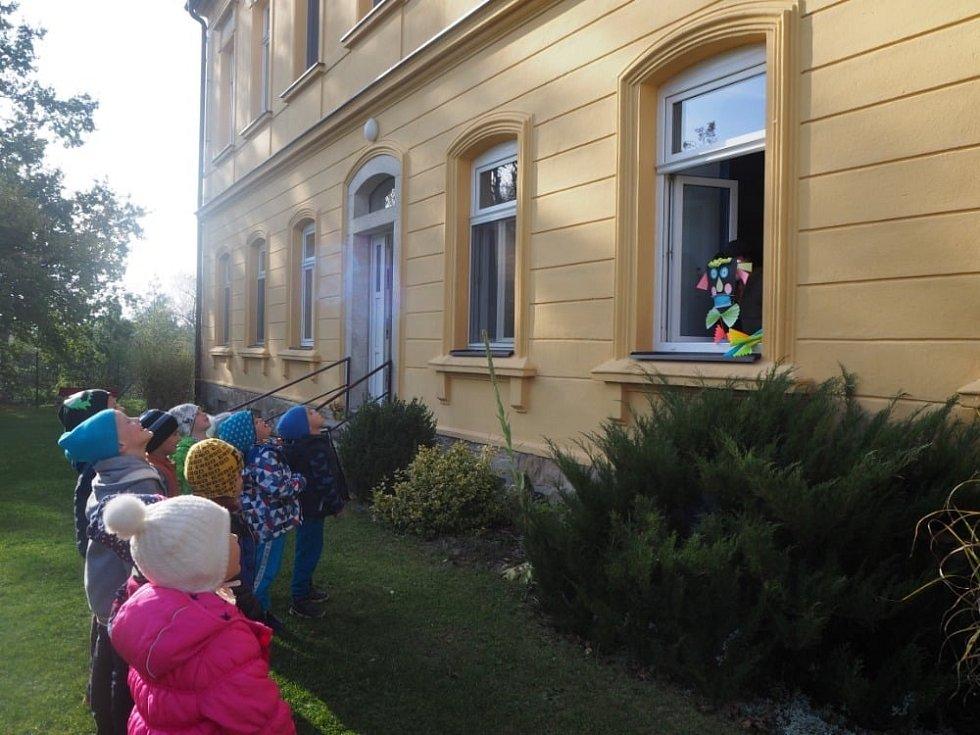 Drakiádu si děti z MŠ Velechvín užily.