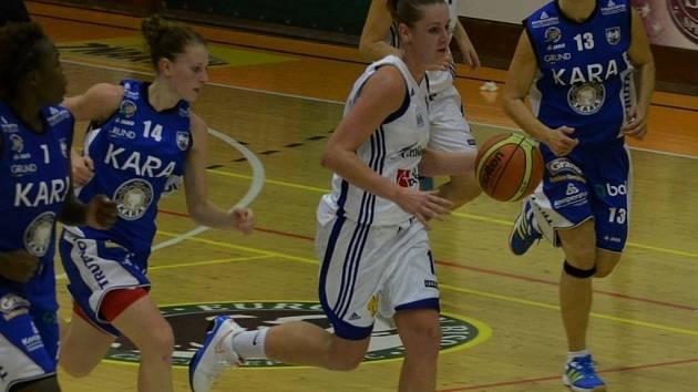 Alena Jeništová zaznamenala nejvíce bodů v utkání s vysokoškolačkami