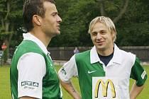 Na fotbalové exhibici na Hluboké se jaroslav Černý sesšl i se svým bývalým spoluhráčem ze Slavie Erichem Brabcem, jenž v této sezoně hájil barvy Sparty.