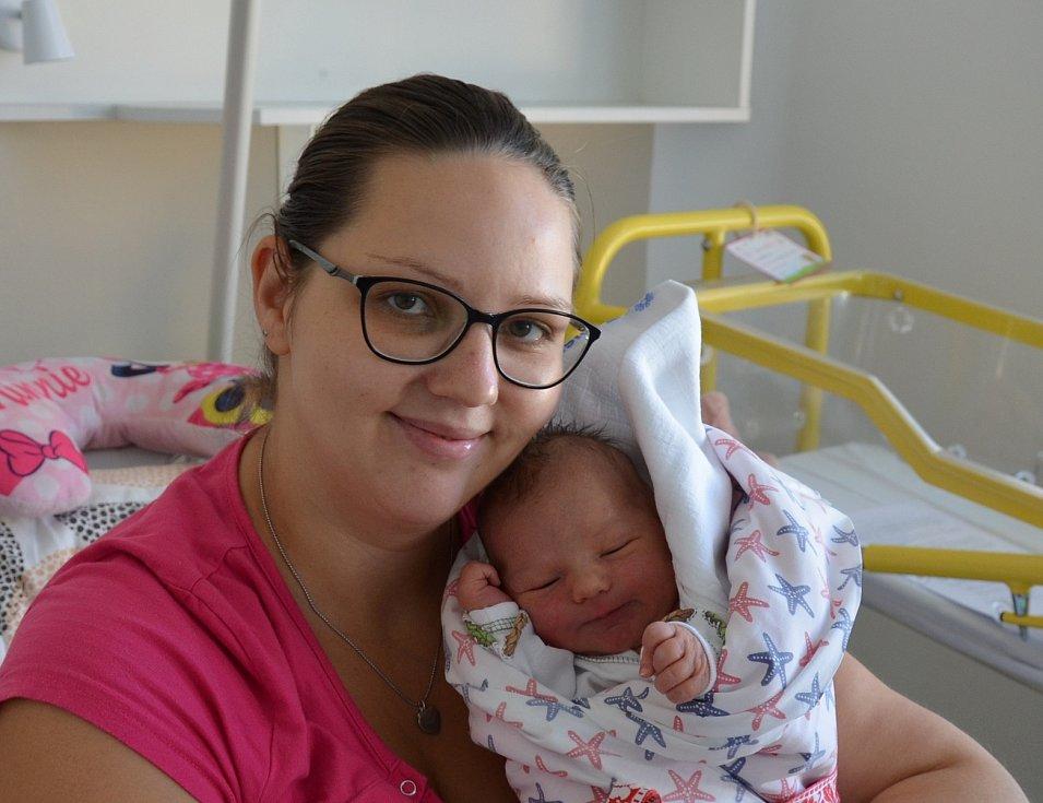Mia Marková z Tálína. Dcera Kateřiny a Tomáše Markových se narodila 8. 7. 2021 ve 14.59 hodin. Při narození vážila 3250 g a měřila 49 cm. Doma se na ni těšila sestřička Ema (2,5).
