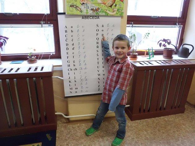 Jediným prvňáčkem vmalotřídní Základní škole a Mateřské škole Žimutice je Pavel Polák.