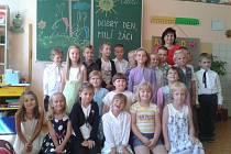 První školní den v ZŠ Dolní Bukovsko.