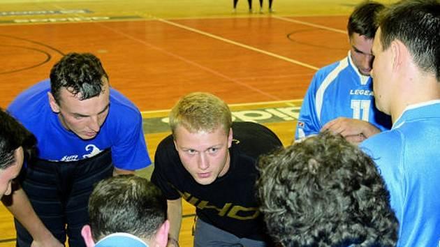 Trenér českobudějovických florbalistů Jiří Kysel by na konci této sezony rád slavil postup do první ligy.
