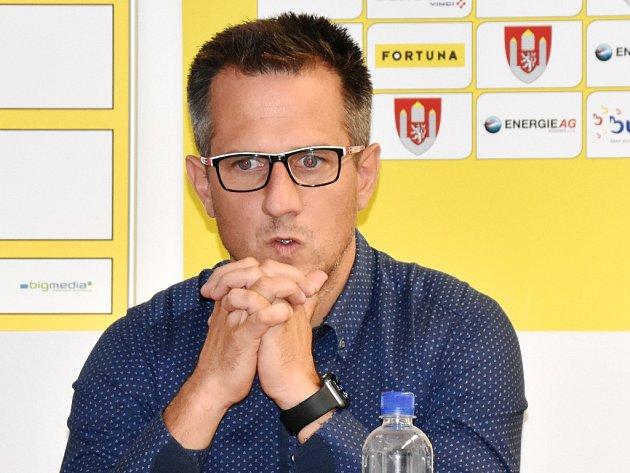 Martin Vozábal na tiskové besedě Dynama před novou sezonou.