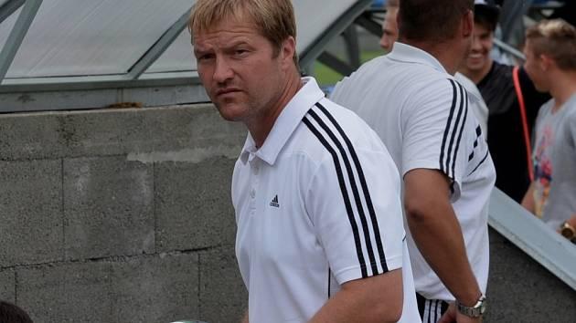 Asistent trenéra Karel Vácha po remíze juniorky Dynama s Varnsdorfem netajil svou nespokojeností.