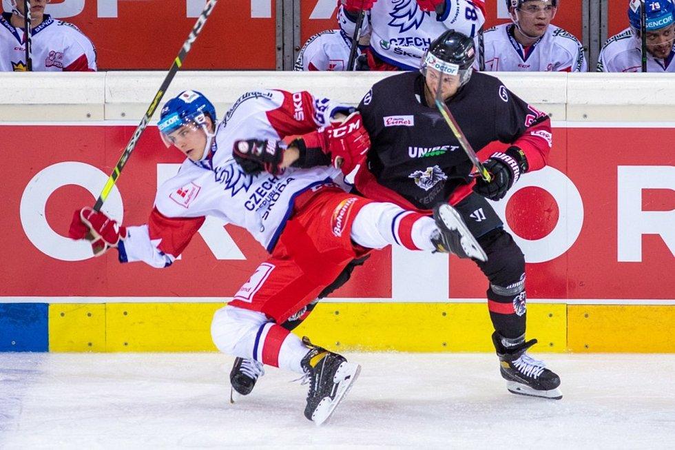 Česká reprezentace porazila Rakousko ve Vídni 5:0.