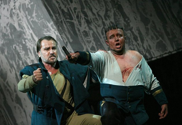 Generální zkouška opery Giuseppe Verdiho Otello - hudebního dramatu velké lásky a nenávistné vášně na Shakespearův námět v českobudějovickém domu kultury Metropol 4.listopadu. Otello, maurský velitel benátské armády / Plamen Prokopiev, Jago, praporečník /