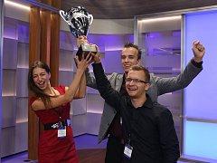 Trojice studentů ČVUT (zleva) Barbora Suchanová z Loun, Marek Novák z Českých Velenic a Tomáš Pikous z Prahy vyhráli prestižní soutěž Imagine Cup.