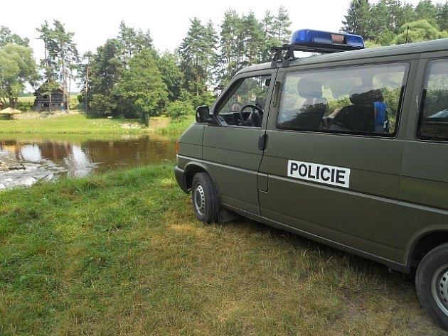 Policie u místa neštěstí.