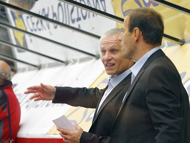 Radek Bělohlav (vpravoú se svým již bývalým kolegou Peterem Draisaitlem.