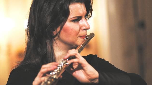 Letošní turné  Lenky Baarové  se neslo v jiné  než pouze  umělecké atmosféře.