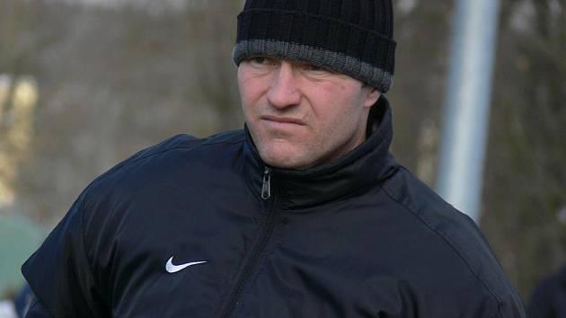 Hlubocký Karel Vácha je s vystudovanou profilicencí raritou mezi trenéry v krajském přeoru.
