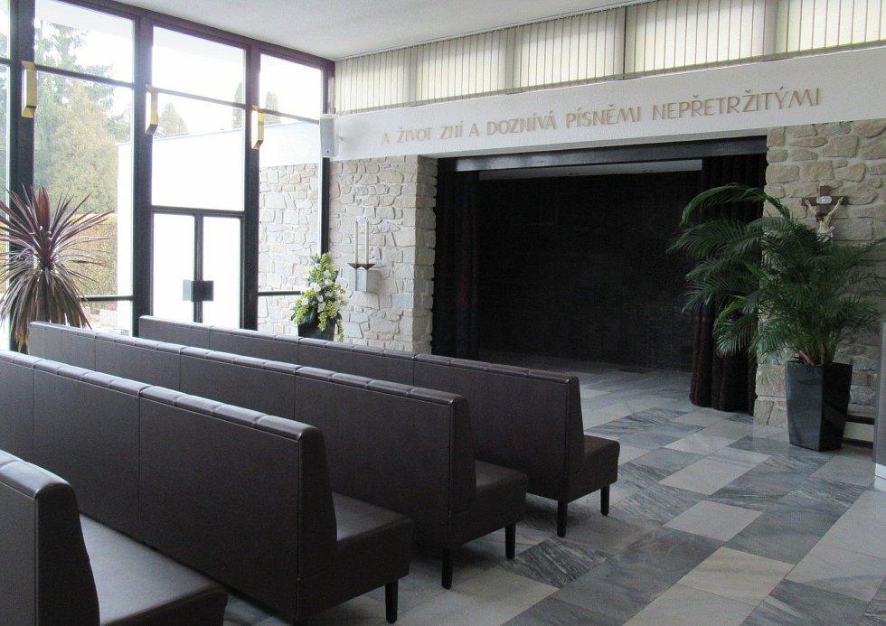 Pohřební služby jsou i během vládních opatření v provozu, mají tedy výjimku ze zákazu poskytování služeb.