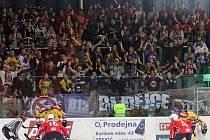 Fanoušci HC Motor na zápase v Třebíči.