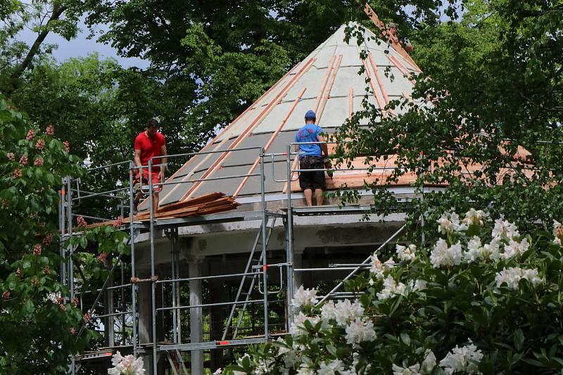 Oprava Háječku v Českých Budějovicích začala na konci května a měla by být hotova do září příštího roku.