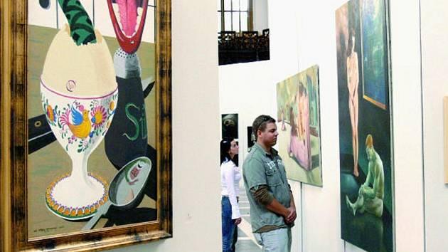 Na dvě stovky autoportétů zpřítomňují umělcovo sebepoznání, ale mnohdy ho překrývá závoj sebestylizace.