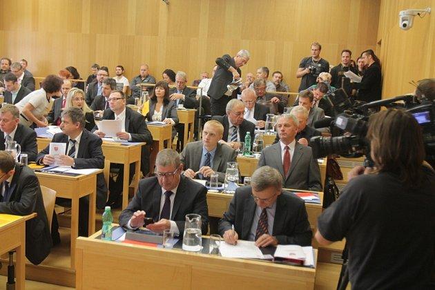 Ustavující zasedání českobudějovického zastupitelstva, pátek 21.listopadu.