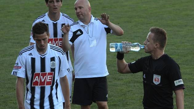 Pavel Malura vedle působení na farmě Dynama je i asistentem trenéra v druholigovém áčku.