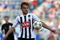 Filip Rýdel sice v Mostu gólem z penalty vrátil fotbalisty Dynama do zápasu, přesto nakonec jeli Jihočeši ze severu Čech bez bodů.