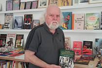 Jedná se o pátou autorovu knihu.