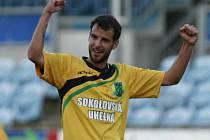 V Č. Budějovicích se v zápase II. ligy radovali fotbalisté Sokolova, kteří domácímu aspirantu na postup udělili tvrdou lekci.