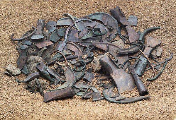 Zdoby bronzové usousedů.