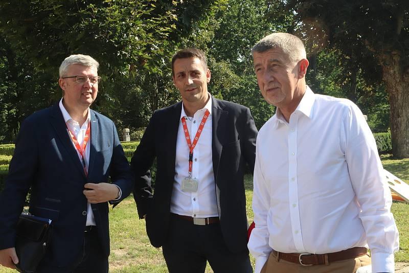 Premiér Andrej Babiš a ministr Karel Havlíček v JE Temelín.