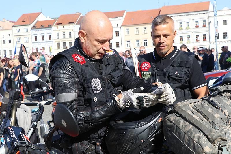 Daniel Landa na českobudějovickém náměstí.