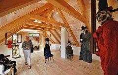 Po roční přestavbě otevřelo Divadlo Continuo ve Švestkovém dvoře v Malovicích na Netolicku kulturní a pedagogické centrum.