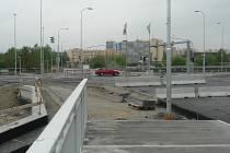 V Českých Budějovicích vstoupila do další fáze stavba Propojení okruhů mezi Okružní a Nádražní ulicí.
