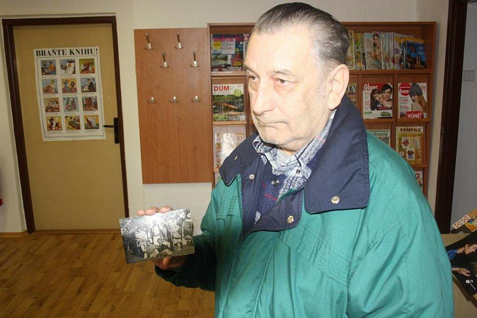 Natáčení filmu Údolí včel se odehrálo před 45 lety v Kuklově u Brlohu na Českokrumlovsku. Na snímku komparzista Václav Stanko dnes.