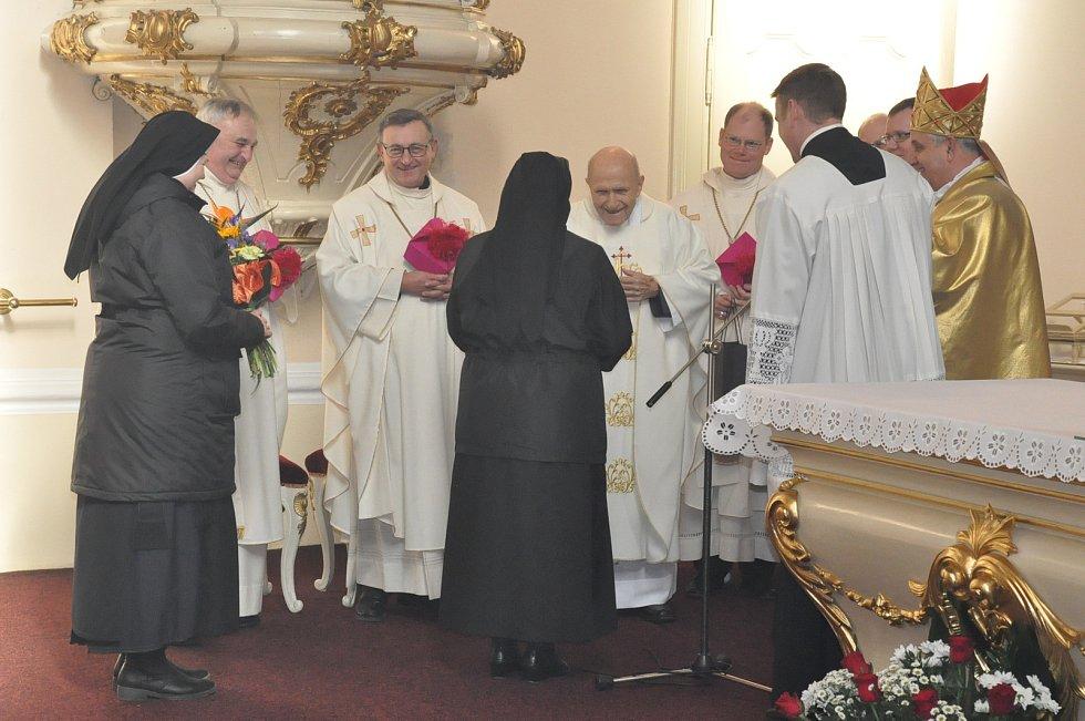 Mons. Václav Kulhánek slavil v sobotu své 90. narozeniny.