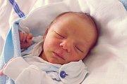 Rovné 3 kilogramy vážil po narození Adam Pitra. Svět spatřil 20. 3. 2017 ve 12.43 h. Šťastnou maminkou je Michaela Pitrová z Českých Budějovic.