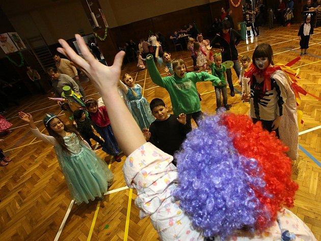 Tradiční dětské šibřinky se v sobotu konaly v českobudějovické sokolovně.