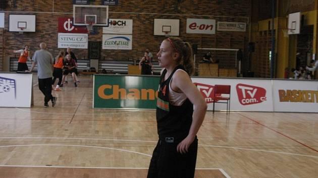 VYHRÁLA. Michaela Gaislerová hrála v dresu vítězného týmu BB Juniors.
