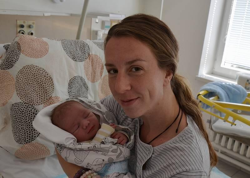Václav Chrapan z Lenory. Syn Magdy a Filipa Chrapanových se narodil 8. 9. 2021 v 1.55 hodin. Při narození vážil 4100 g a měřil 54 cm. Doma brášku přivítal Josef (2,5).